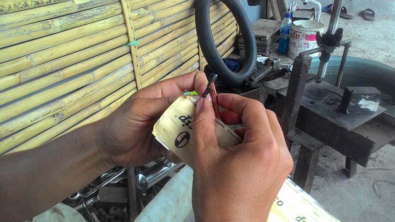Cara tembal ban tubeless sendiri part4
