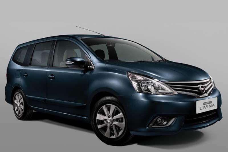 Nissan Grand_Livina Front