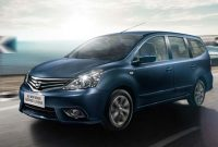 Review Nissan-Grand Livina